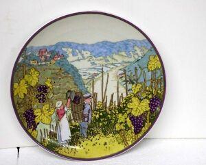 Heinrich-Villeroy-amp-Boch-W-Germany-Winzer-im-Herbst-Decorative-Hanging-Plate