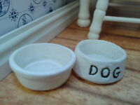 Dolls House Miniatures 1/12th Scale Dog Food And Water Bowls D1947