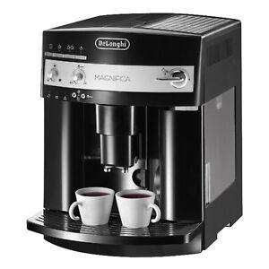 DeLonghi-Magnifica-ESAM-3000-B-Kaffeevollautomat-schwarz-Milchschaum-Duese