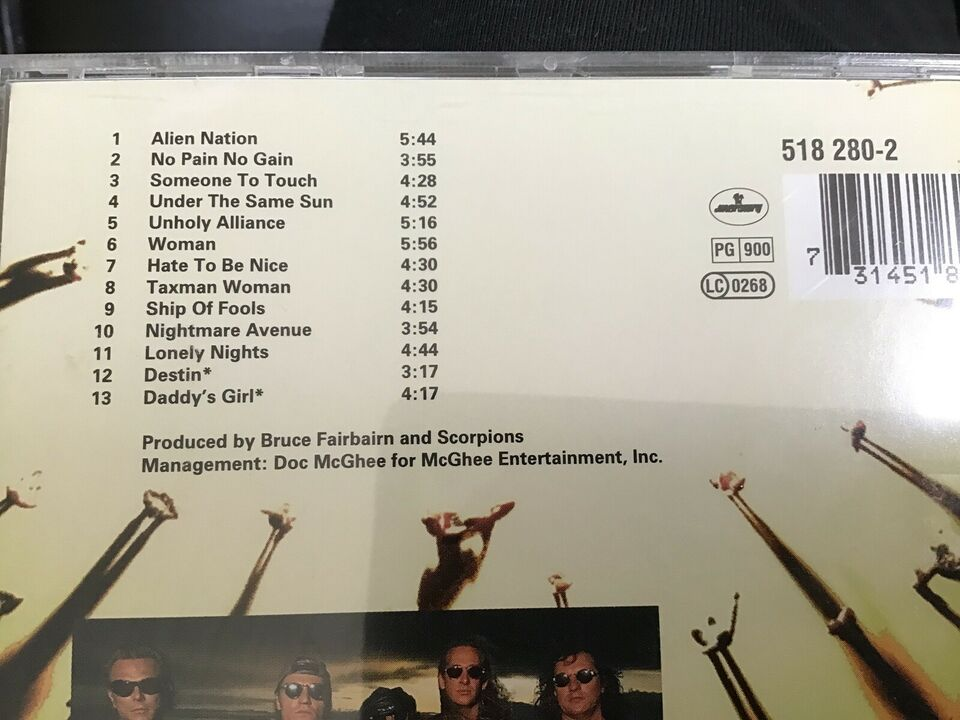 Scorpions: Face the Heat, andet