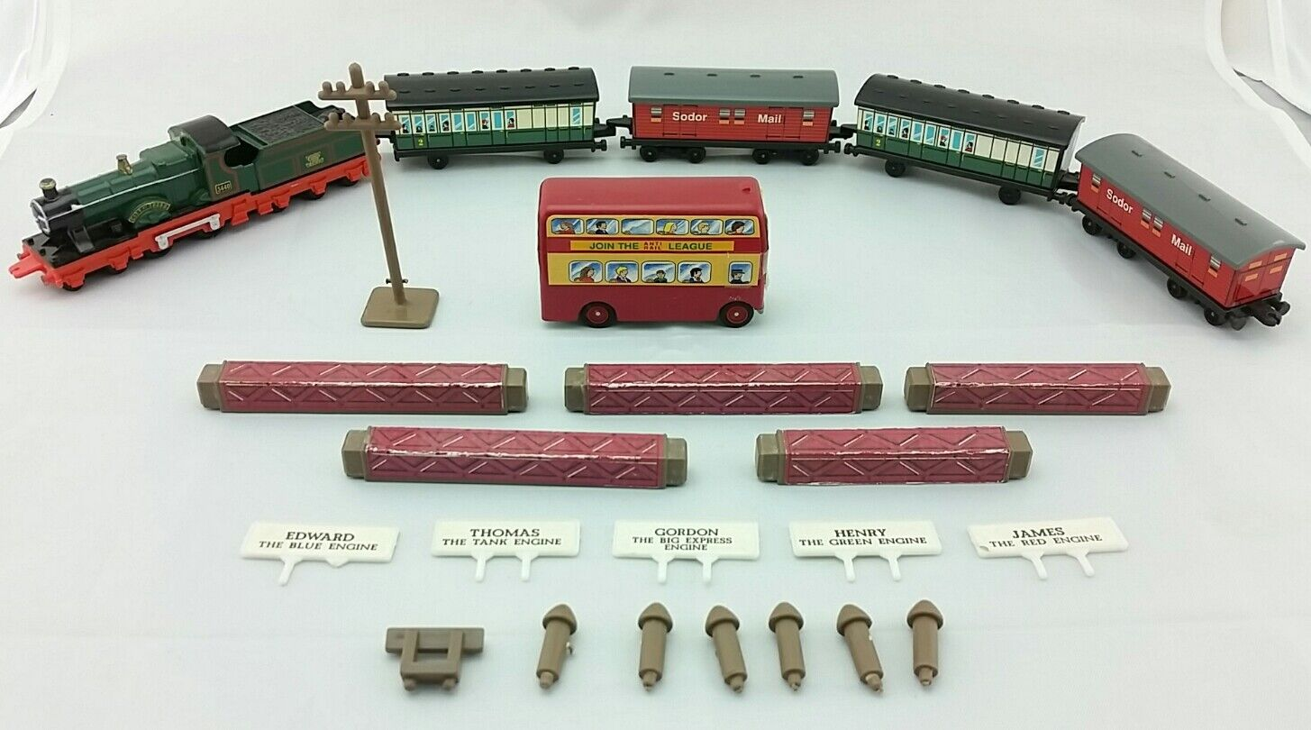 (6) Lot Thomas The Tank Engine Ertl Diecast Plastic Train Cars 80s 90s + Extras