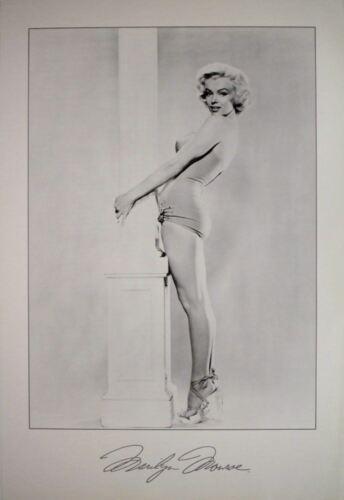 Marilyn Monroe Pillar Pose Poster 24 x 35