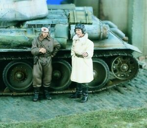1-35-World-War-II-Soviet-Tank-Troops-High-Quality-Resin-Model-Kit-2-figures