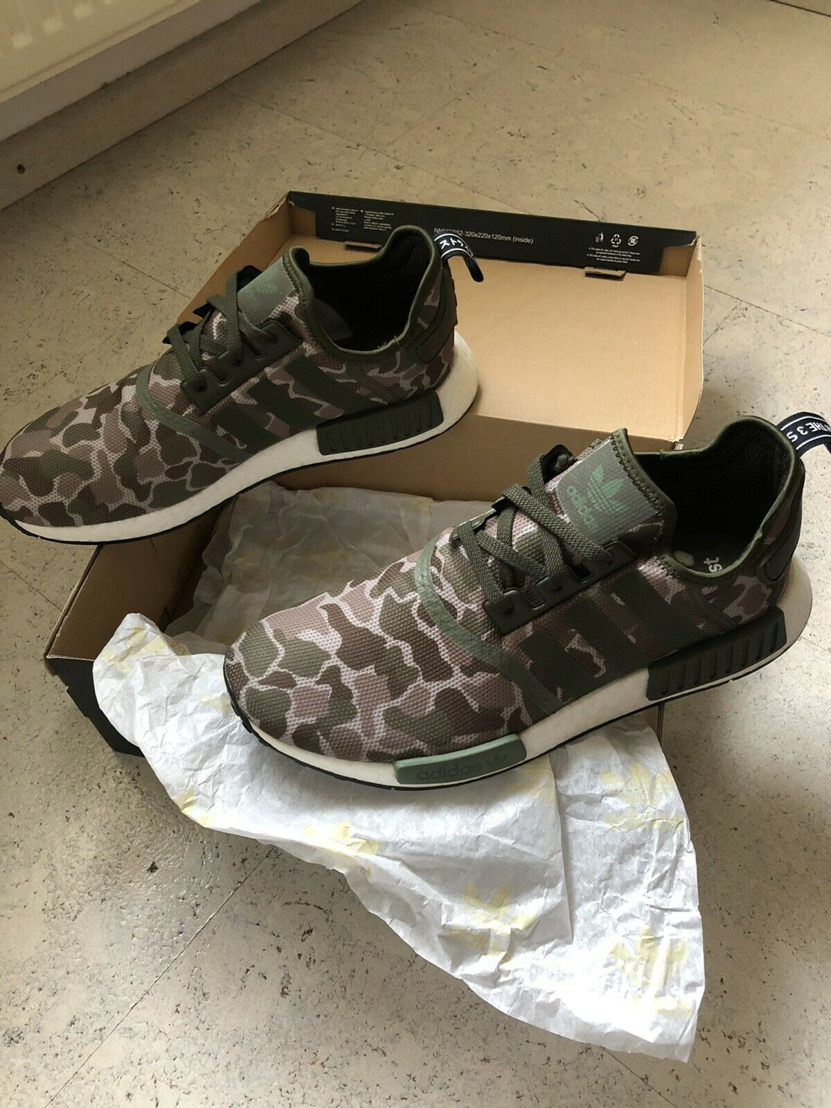 ADIDAS NMD R1 CAMOUFLAGE  NO MICROPACER ESSENTIALS