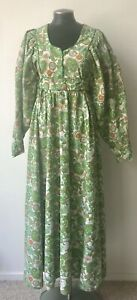 vintage-1970s-dress-Floral-Prairie-Maxi-Boho-Green-Dress-Small