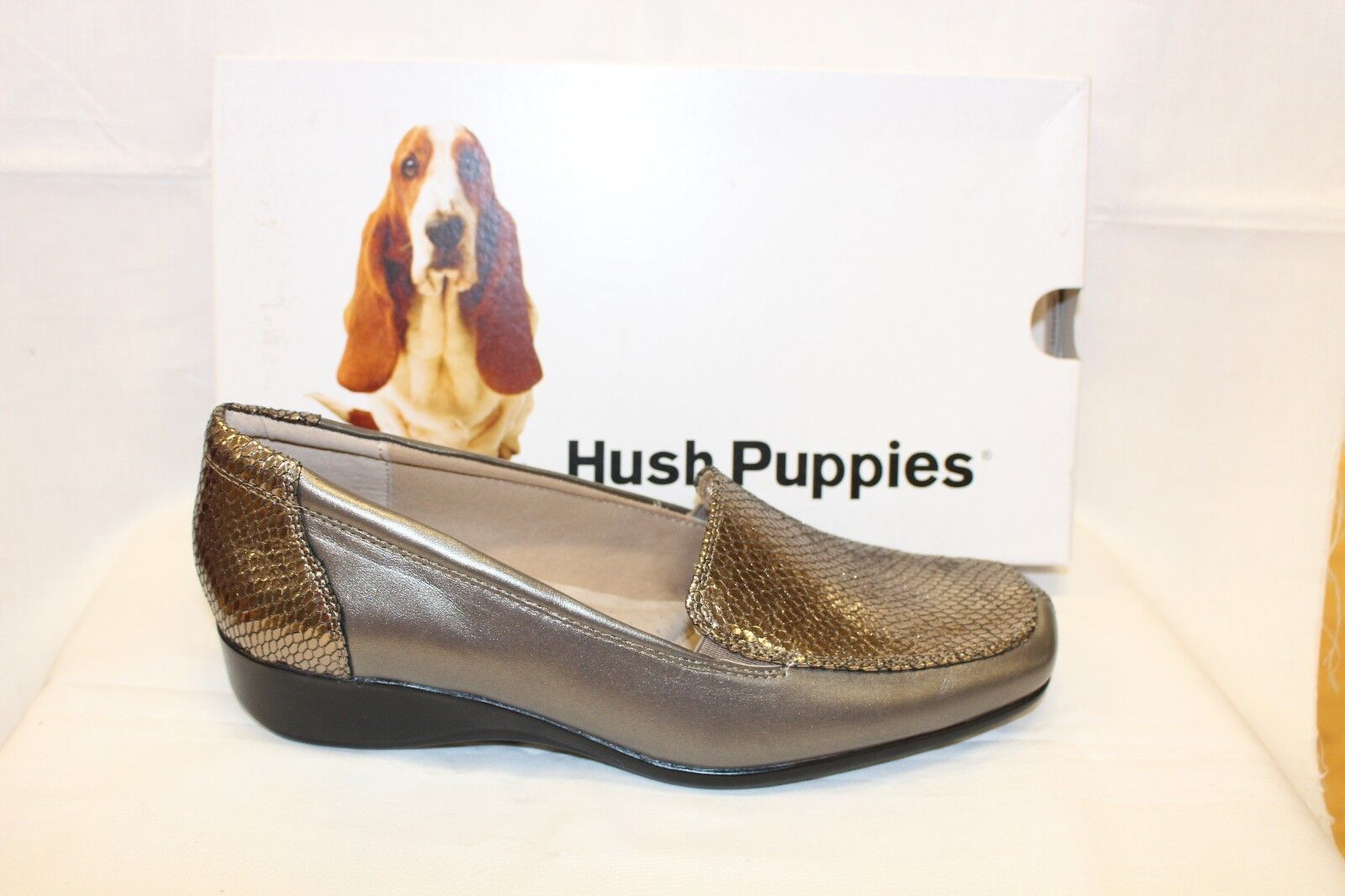 LADIES SHOES/FOOTWEAR - Hush Puppies Meadow taupe metal moccassin