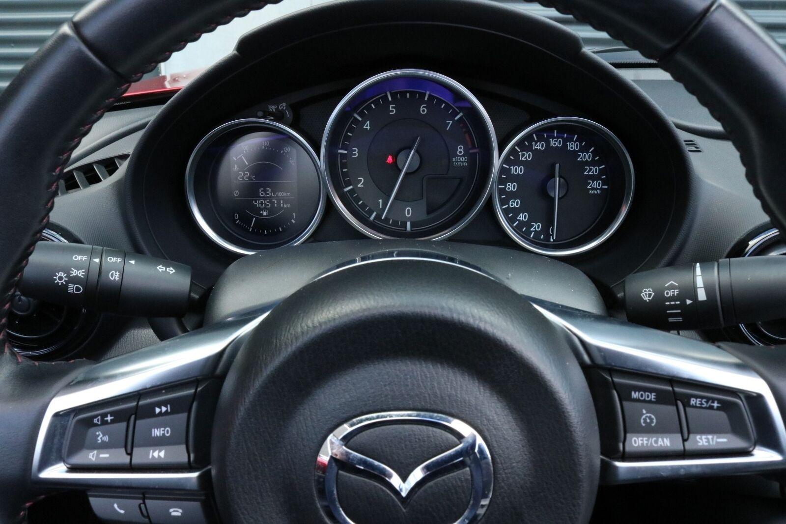 Mazda MX-5 Sky-G 131 Roadster