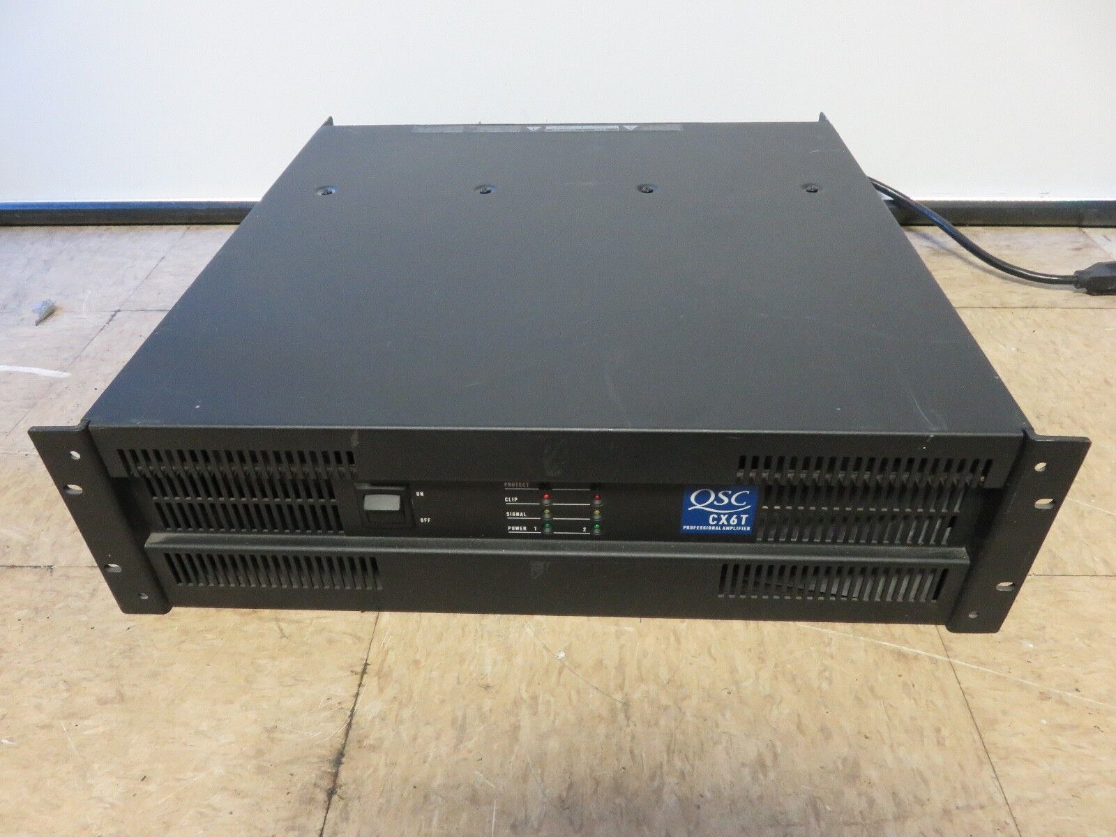 QSC CX6T Professional Power Amplifier-AS-IS for Part