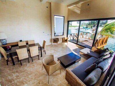 Casa en venta y renta Puerto Cancun residencial muelle para 80 pies
