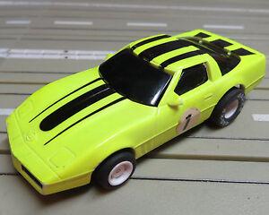 For-H0-Slotcar-Racing-Model-Railway-Corvette-with-Tyco-Engine