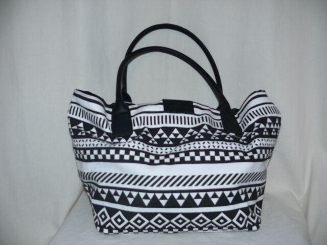 TOM TAILOR Schultertasche Tasche Shopper Handtasche Canvas schwarz/weiß