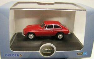 Model-Car-MGB-GT-Red-1-76-New-Oxford-diecast