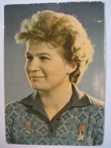 Walentina-Tereschkowa-signiert-Valentina-Tereshkova-Wostok-Kosmonaut-Autogramm