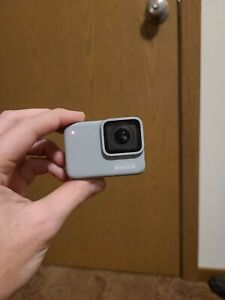 GoPro-HERO7-White-Waterproof-Camera-w-HEADBAND-See-Descrip
