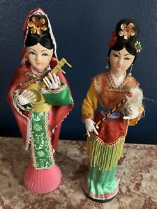 Vintage-Set-Of-Japanese-GEISHA-Oriental-Dolls-Made-in-Taiwan-Wooden-Base