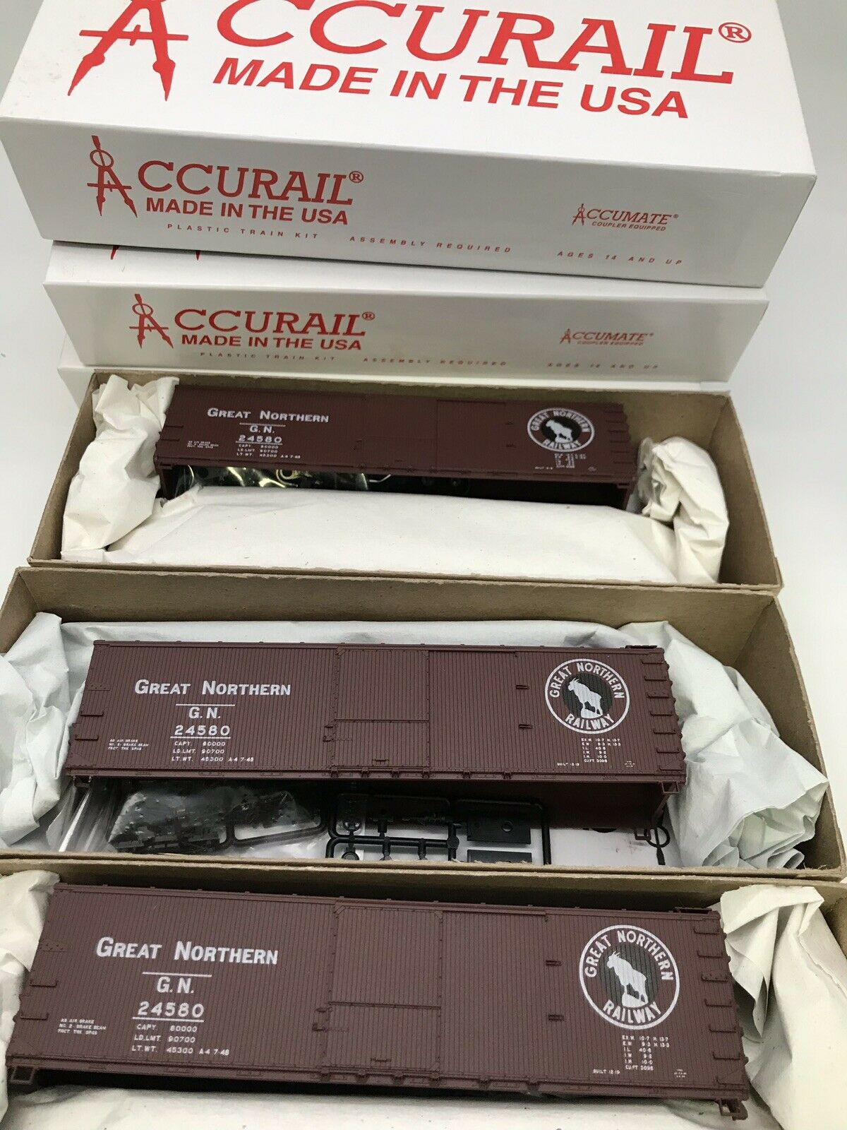 Set Of 3 Accurail HO Scale Great Northern 40' Double SHTH Box Car #4604 NOS!