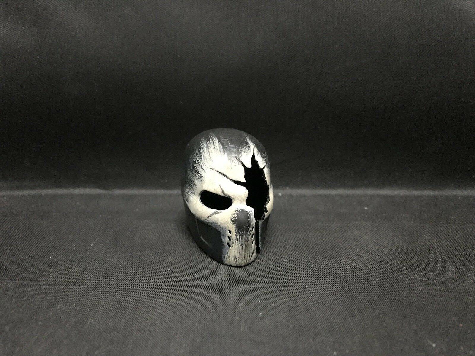 Hot Toys 1 6 MMS 350 Captain Captain Captain America Civil War - Broken Crossbone Helmet c1ddc4