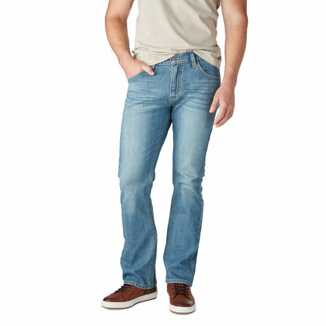 detailed look running shoes best price Signature By Levi Strauss & Co. Gold Label Mens Sam Blue Bootcut Leg Denim  Jeans