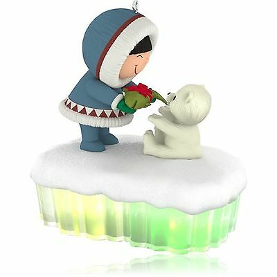 Hallmark 2015  A Fish for Christmas Frosty Friends Magic Cord ornament