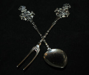 JERUSALEM-CROSS-800-SILVER-DEMITASSE-SPOON-AND-LEMON-FORK-SOUVENIR