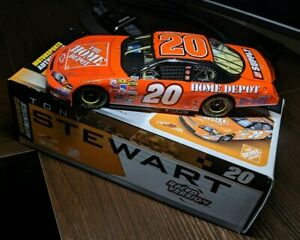 Tony-Stewart-2006-20-Home-Depot-Martinsville-Win-1-24