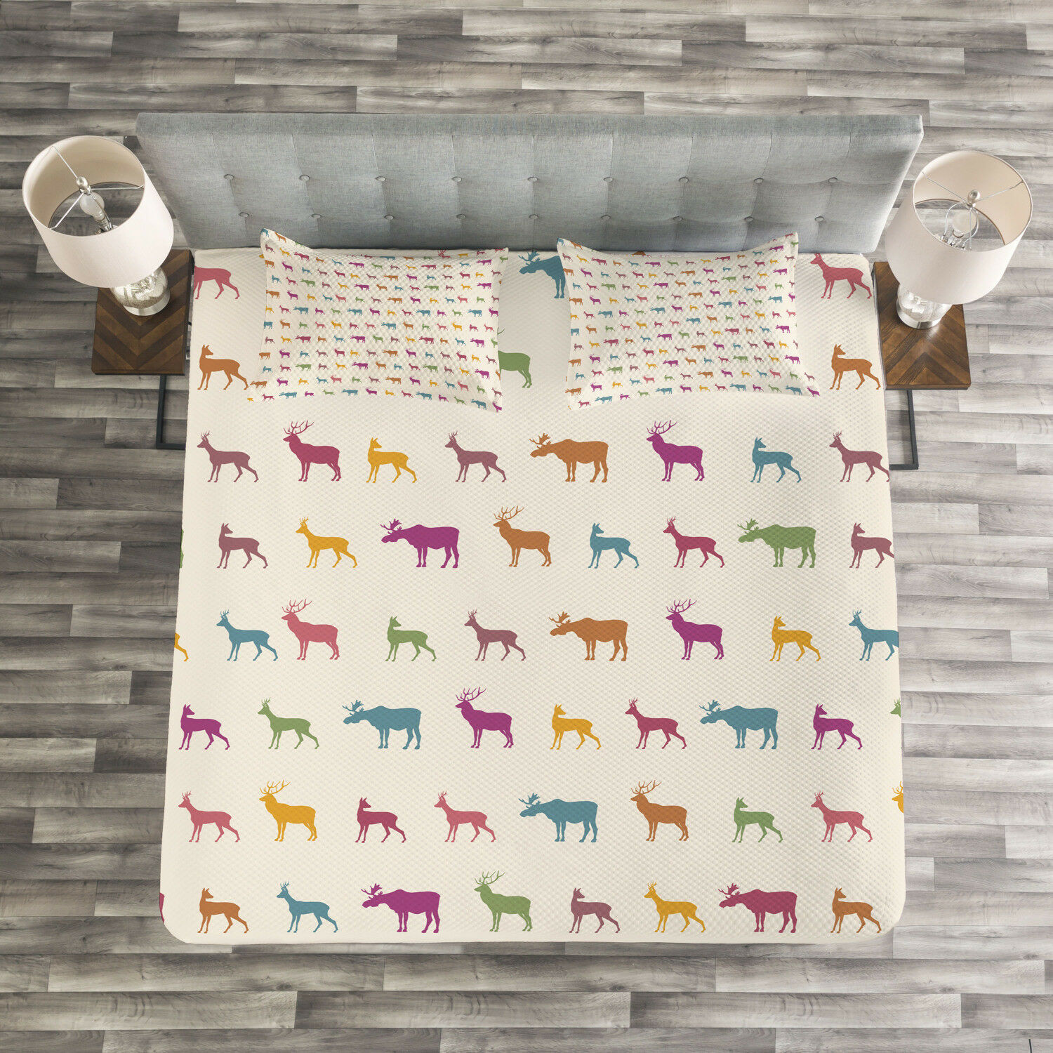 Deer Quilted Bedspread & Pillow Shams Set, Animal Silhouettes Pattern Print