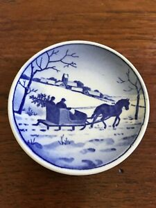 Vintage-Royal-Copenhagen-Denmark-VinterlandSkab-Miniature-Decorative-Wall-Plate
