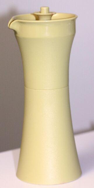 Vintage Tupperware Salad Dressing Oil Vinegar Syrup Cruet #1246-17 Gold GREAT