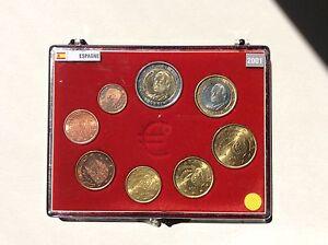 Coffret complet de 8 pièces  euros Espagne 2001