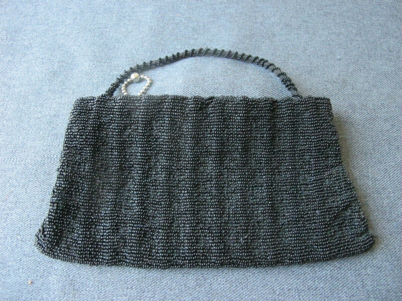 Vintage art deco flapper black glass beaded zippered purse bag with handle