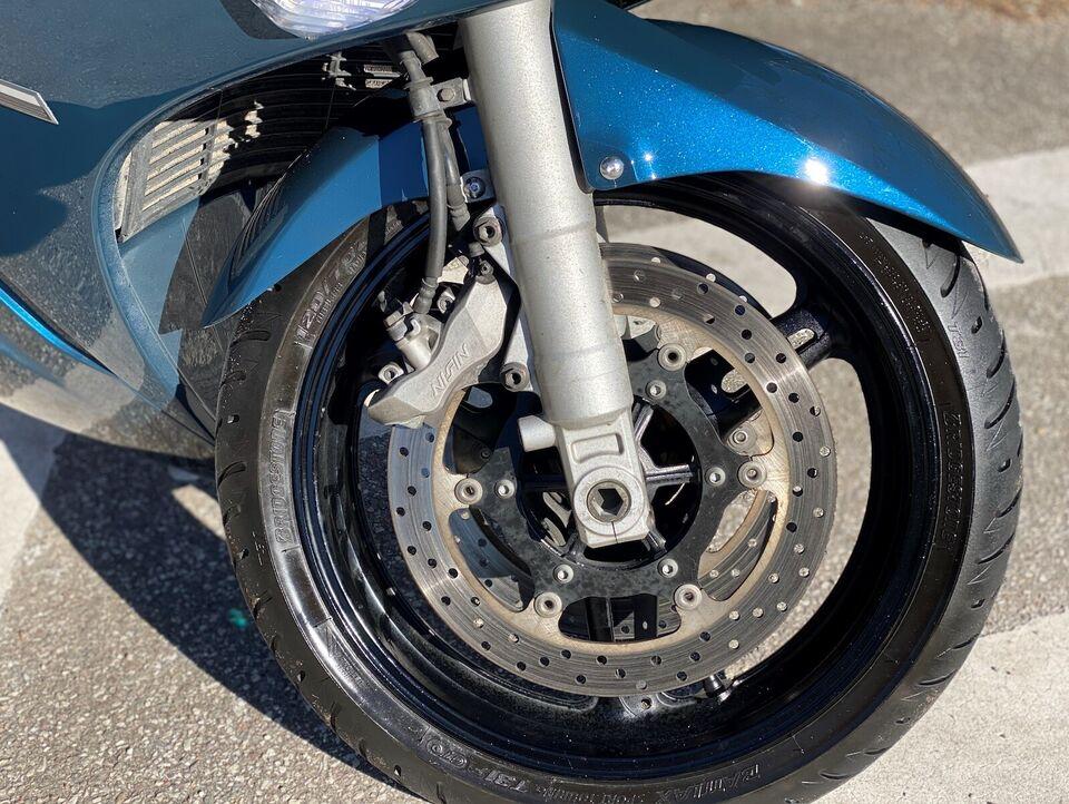 Yamaha FJR1300 Celebs Blue