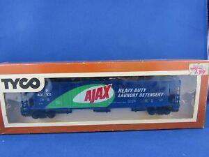 Vintage-TYCO-Ajax-Covered-Hopper-Car-359D