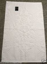 LUXURY TAHARI HOME SNOW WHITE SCULPTURED DAMASK FLORAL ROSETTE BATH TOWELS 3PC
