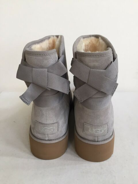 27c26471020 UGG Australia Gray Suede Ankle BOOTS Back Bow Fur Lined Wedge BOOTIES 9.5