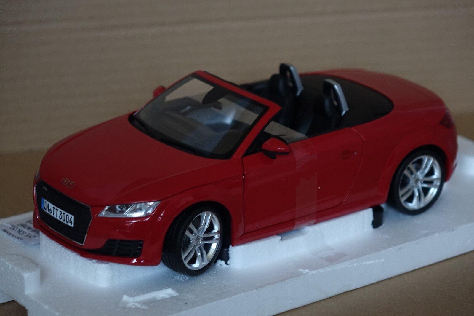 productos creativos Audi TT Roadster Roadster Roadster 2015 rojo 1 18 Audi Minichamps nuevo & OVP 5011400525  orden ahora disfrutar de gran descuento