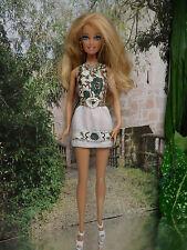 Barbie Kleidung  ❤  KLEID Rückenfrei, Blumen braun  ❤  FÜR BARBIE, ANNA  ELSA...