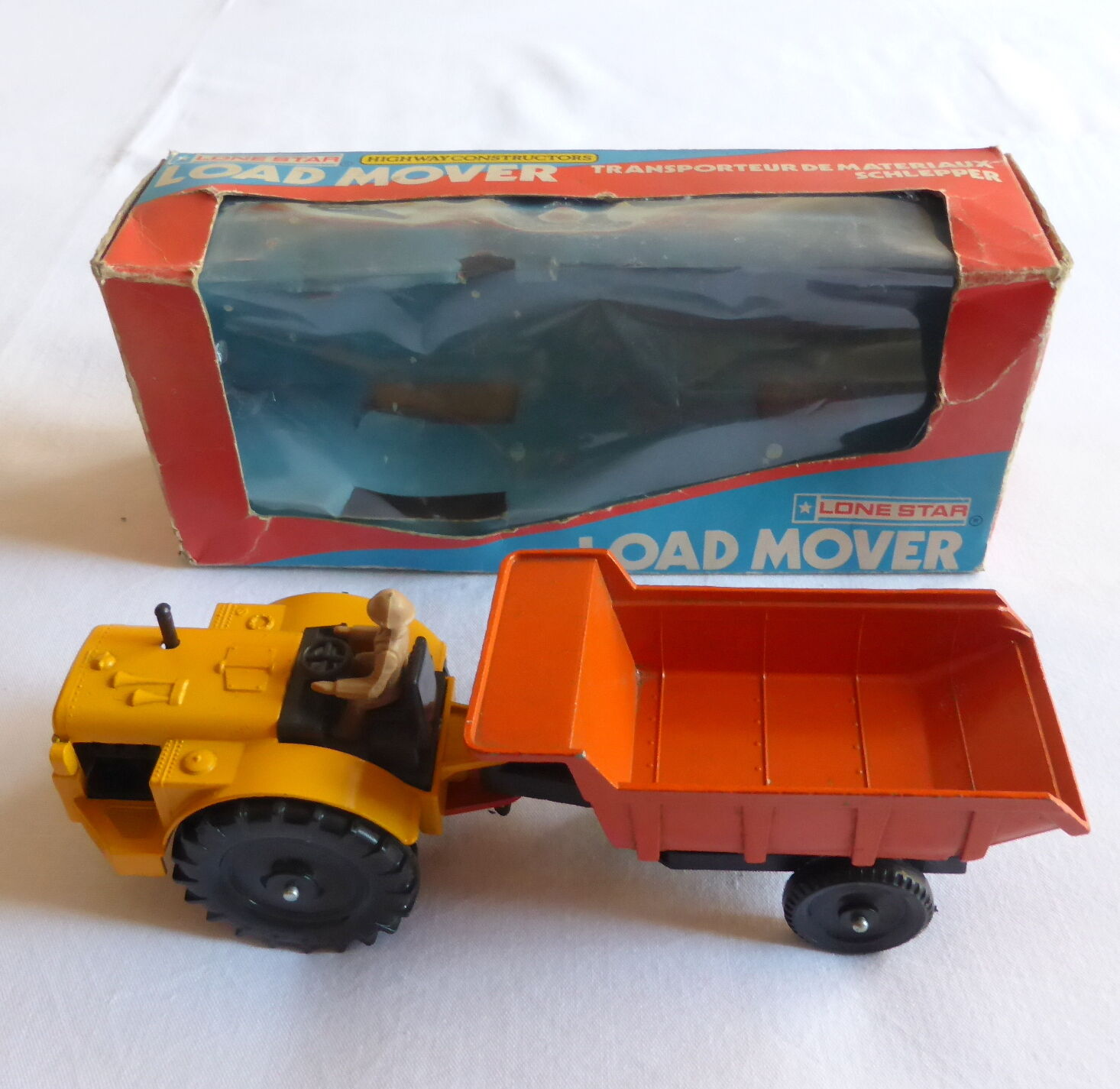 Rare LOAD MOVER diecast metal tractor and chassis LONE STAR 1977 with box