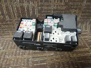 2009 volvo fuse box volvo c70 s40 v50 engine fuse box relay junction block 05 06 07 08  volvo c70 s40 v50 engine fuse box relay