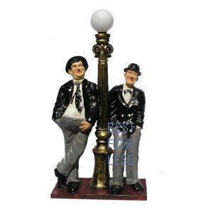 STAN UND OLLIE LATERNE STEHLAMPE STATUE SKULPTUR FIGUR DICK UND DOOF LAMPE