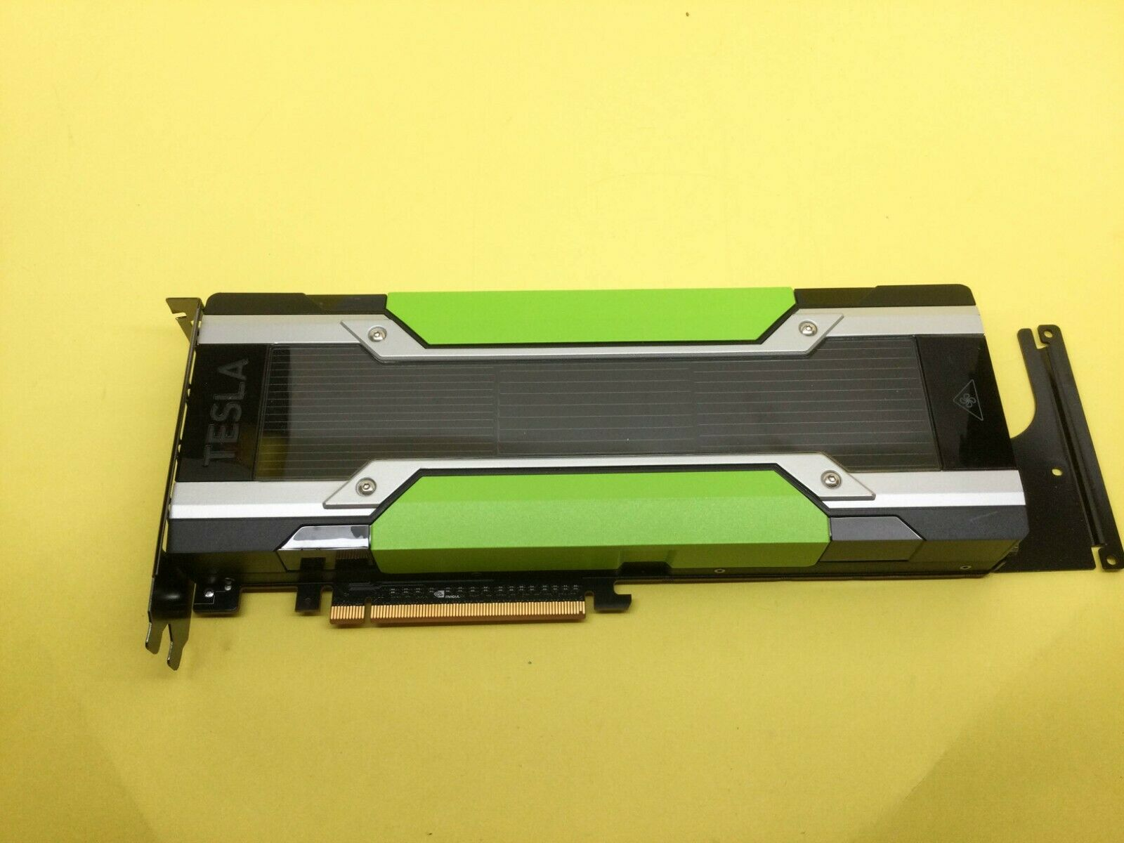 Nvidia Tesla M60 16GB GDDR5 GPU PCIe 3.0 x16 Accelerator Card with bracket