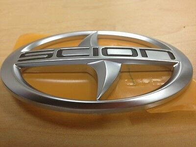 GENUINE SCION IQ FRONT GRILLE EMBLEM BADGE GENUINE OEM BRAND NEW FREE SHIPPING
