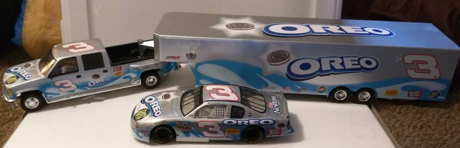RARE 2002 Action Dale Earnhardt Jr. Oreo Ritz Car, Crew Cab/Bank, Trailer 1/872