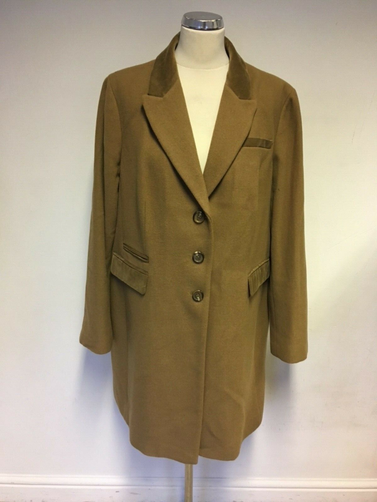BRAND NEW BODEN CAMEL BUTTON FASTEN WOOL BLEND COAT SIZE 20