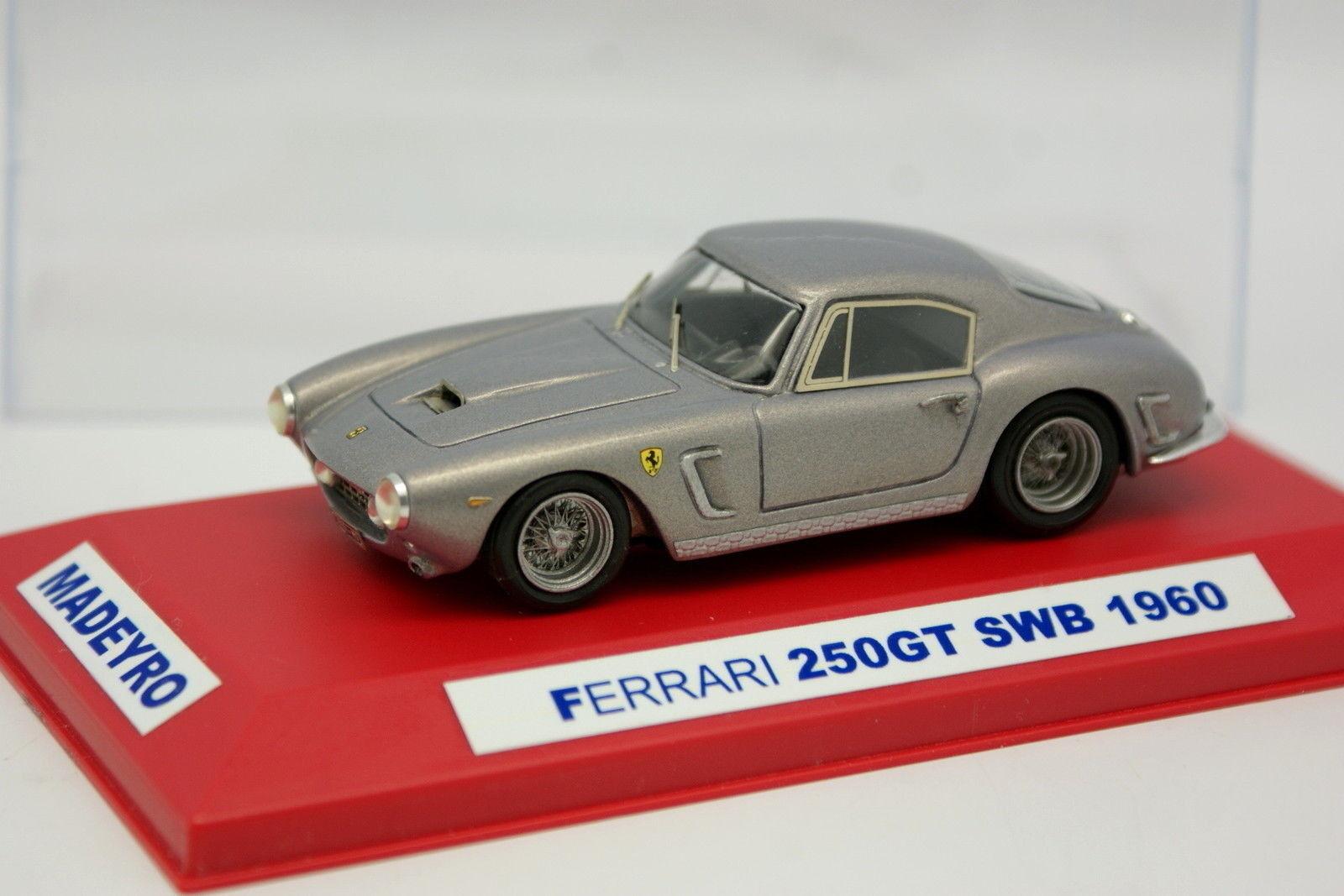 Madeyro montado 1 43 kit-Ferrari 250 gt swb purplea grey metal 1960