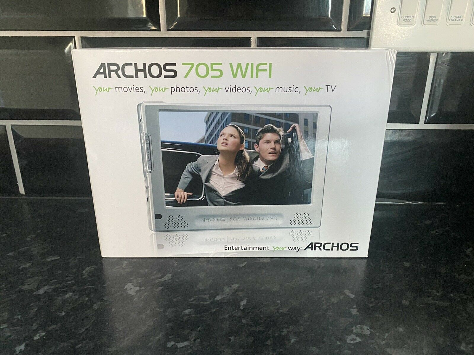 Archos 705 WIFI Media Player 160GB With Cover