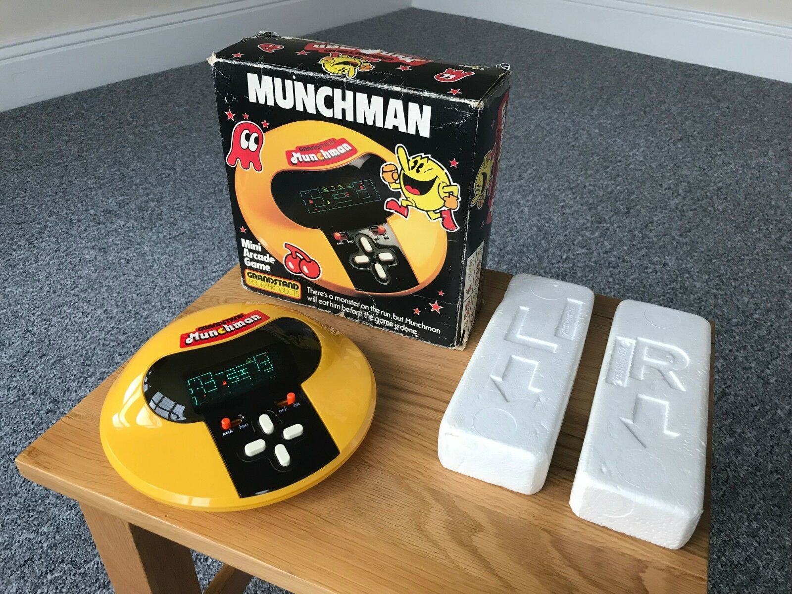 Boxed Grandstand Munchman Vintage 1981 Tabletop Electronic Game - Nr Mint Cond.