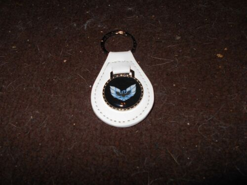 PONTIAC FIREBIRD TRANS-AM BLUE WHITE BIRD WINGS LOGO KEYCHAIN KEYRING WHITE