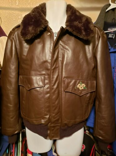 46 Vtg EXCELLED Brown Leather Faux Fur Collar Scho
