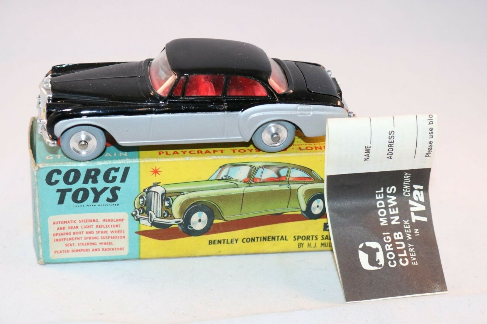 Corgi Toys 224 Bentley Continental Sports perfect mint in box & Leaflat SUPERB