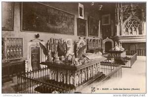 CPA-21-DIJON-LA-SALLE-DES-GARDES-DU-MUSEE